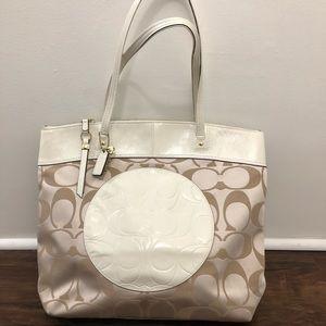 Coach Tote bag cream color - excellent condition
